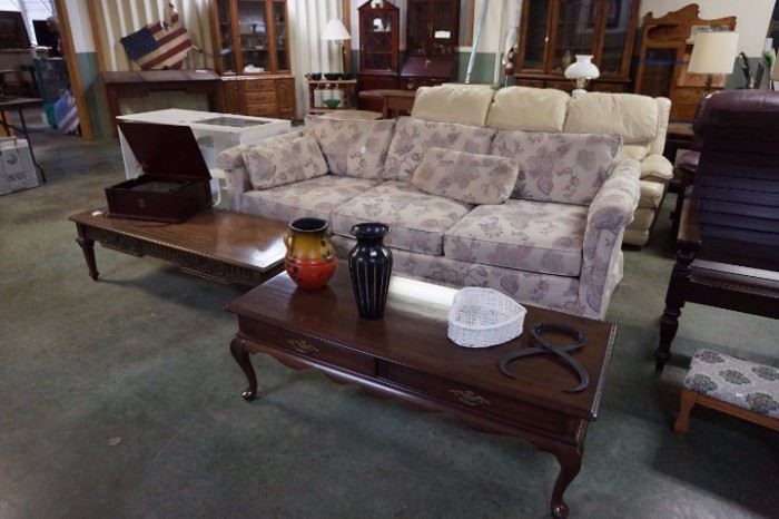 USED FURNITURE*ANTIQUE*COLLECTIBLE BUSINESS LIQUIDATION