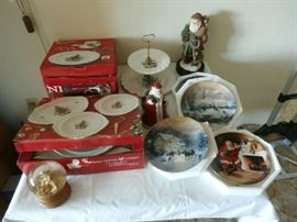NIKKO CHRISTMAS DISHES AND DECORATIVE HOLIDAY PLATES