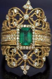 9070 - LADY'S EMERALD & DIAMOND 14KT YELLOW GOLD RING
