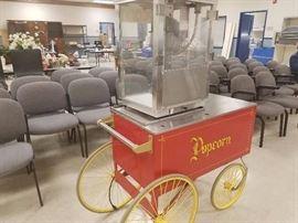 Popcorn Machine with Popcorn