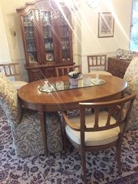 Dinning room set 2 side chairs 2 arm chairs and 2 upholstered