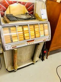 Wurlitzer 1800 Jukebox . Restore Project or Parts.