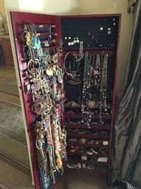 stand up Jewelry Cabinet