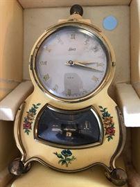 Schatz clock