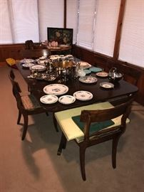 RECTANGULAR DROP LEAF TABLE WITH 5 CHAIRS