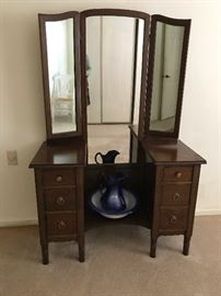 Vanity w/ 3 Section Mirror,  Pitcher & Bowl