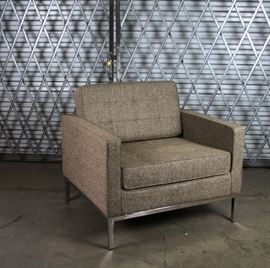 FLORENCE KNOLL STYLE CHAIR