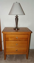 One of two night stands & lamps