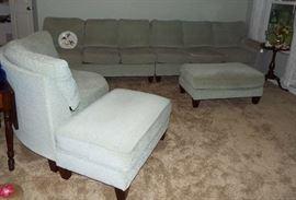 Flexsteel three-piece sofa set & 2 ottomans