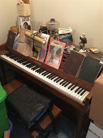 Fabulous Baldwin upright piano & bench!