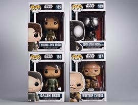 Offered is a lot of 4 Funko collectibles from Star Wars Rogue One: #189 Death Star Droid (Black), #185 Young Jyn Erso, #186 Galen Erso, and #187 Weeteef Cyubee. The boxes show minor shelf wear. Please see the photos at completeset.com for details.