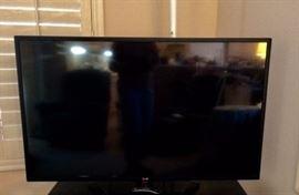 """LG 47"""" SMART HDTV"""