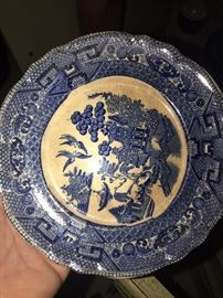 ANTIQUE BUFFALO POTTERY DISHES