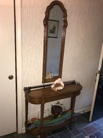 WOODEN HALLWAY TABLE AND MIRROR