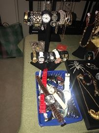 WOMENS AND MENS WATCHES
