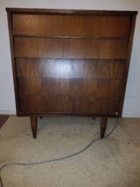 Mid Century Modern Chest of Drawers - does not have manufacturer name.