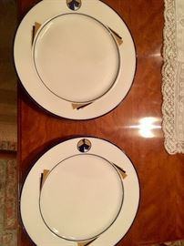 "Set of 8 large dinner plates from ""The Point"" club house (before the Trump renovation)"