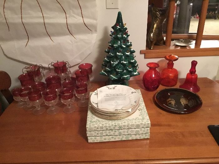 Royal Doulton Christmas plates, Holly Hobbie Christmas plates