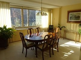 Pennsylvania House Dining Room Table and Six (6) Chairs