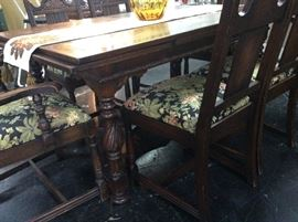 Carved Legs and Carved Rope Trim around edge of table