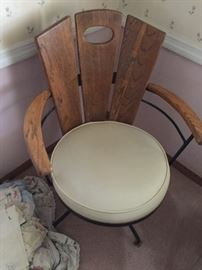 Example of dining room table chair