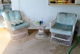 vintage fiberglass patio set