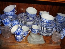 CLOSE UP VIEW OF ASIAN SIGNED PORCELAIN DINNERWARE SET WITH OVER 100 PIECES