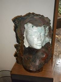 POTTERY BUST