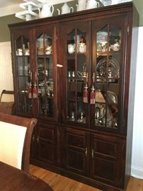 """Broyhill China Cabinets yes there are 2 of them this is not one large one they are 32"""" W x 78"""" H"""