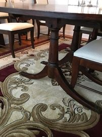 Broyhill Dining Set table six chairs, 2 arm chairs, rug is sold