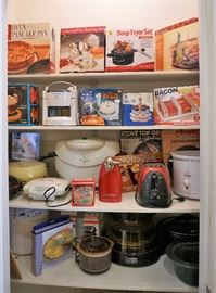 Kitchen appliances - most still new in the box