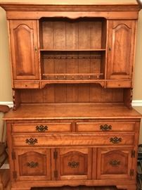 Beautifully made maple breakfront over sideboard