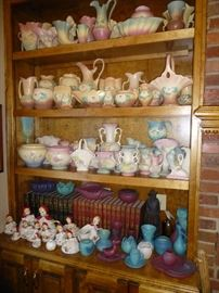 VERY LARGE COLLECTION OF HULL AND VAN BRIGGLE POTTERY
