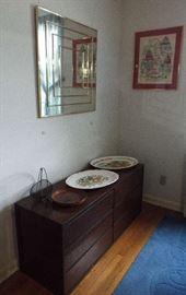 Six-drawer chest, mirror & art