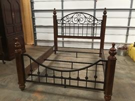 Queen Bed Assembled - it has wood side rails