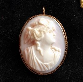 Carved Cameo Brooch Set in Gold