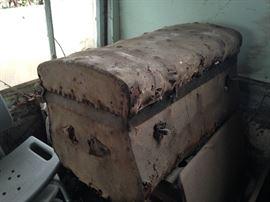 Unique shaped trunk...nee tlc