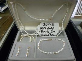 14kt Gold & Pearl Set