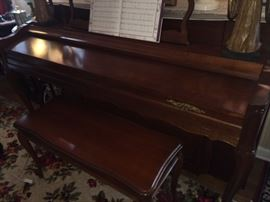 Kholer and Campbell piano with piano bench . Beautiful condition~