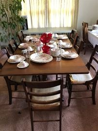 Large drop leaf table and 7 chairs