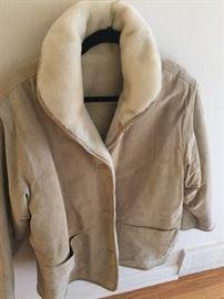 Reversible suede / fleece jacket