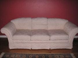 Thomasville sofa - clean