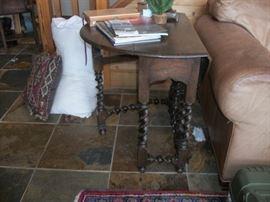 Ribbon gate leg drop leaf table