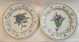 Hand Painted Plates and Cake Stand    http://www.ctonlineauctions.com/detail.asp?id=678223