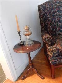 Queen Ann Tea Table