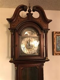 Ridgeway 1981 Yorktown 100th anniversary grandfather clock