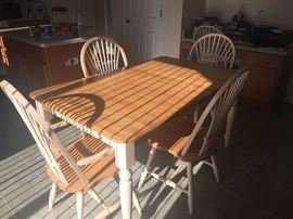 Kitchen set with 6 chairs
