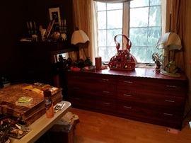 part  of the bedroom set