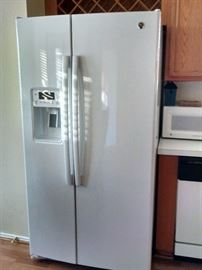 25.4 side by side Refrigerator
