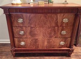 Vintage 3-drawer chest
